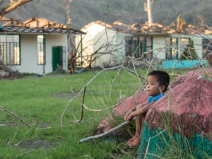 Nach dem Taifun: Viele Mädchen und Jungen sind schwer traumatisiert. Foto: Sebastian Posingis
